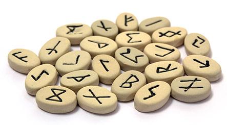 runes et divination
