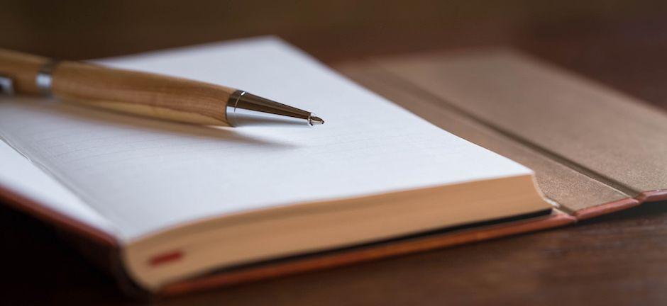 agenda et stylo